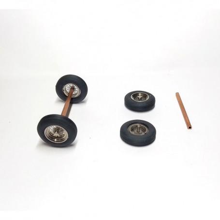 4 wheels - Ferrari - 1:43 - Chrome brass and soft tires