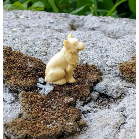 Dog to paint - ech. 1:43 - Resin - H 24mm - M Mont-Blanc