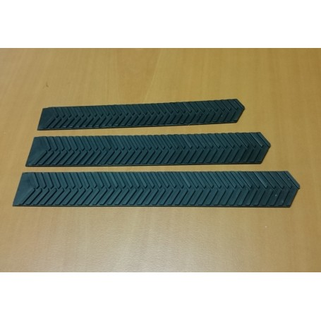 Caterpillar - Soft resin 210 X 28 mm - 1:32 - X2